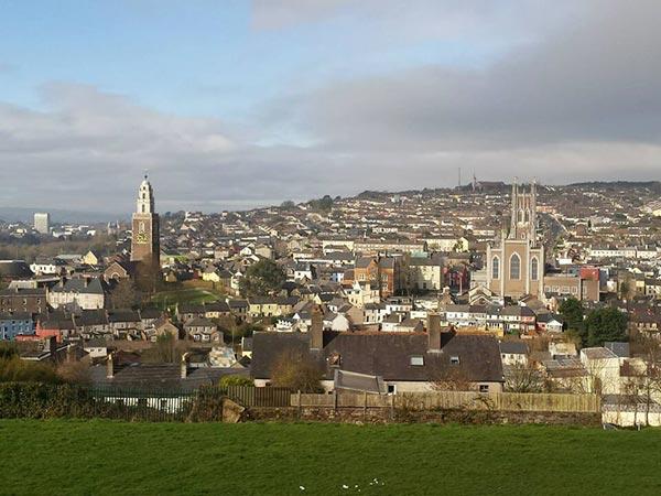 アイルランド 1年留学 費用